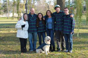 """Healthcare advocate Laurel Felsenfeld is the """"director of my mother's life,"""" says Dan Weiss of West Bloomfield. His mother Edee Weiss, left, has Alzheimer's. Next to Edee is Dan, his daughter, Melissa, wife, Michelle and sons Jake and Michael."""
